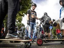 Elektrische step rukt op, hoewel hij op openbare weg verboden is: 'Klant baalt daarvan'