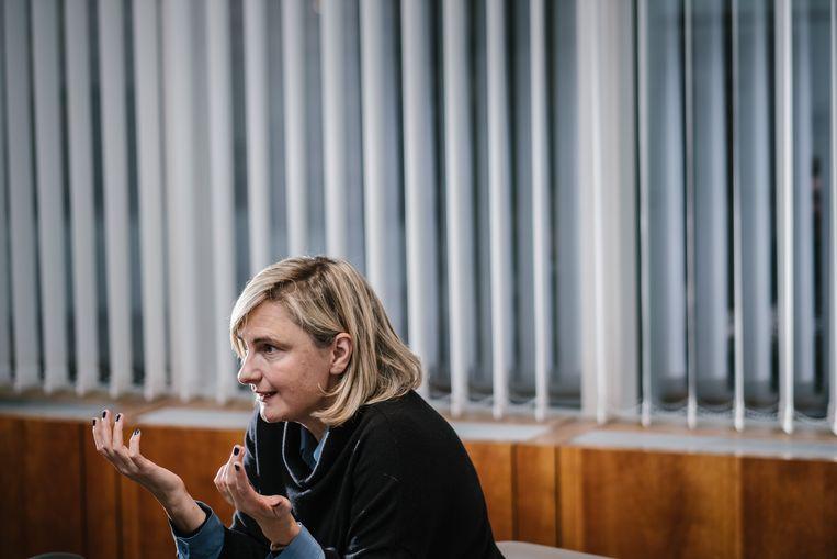 Minister Hilde Crevits: 'Ik ben niet van het alarmistische type, maar de resultaten van begrijpend lezen mogen we niet relativeren.' Beeld Wouter Van Vooren