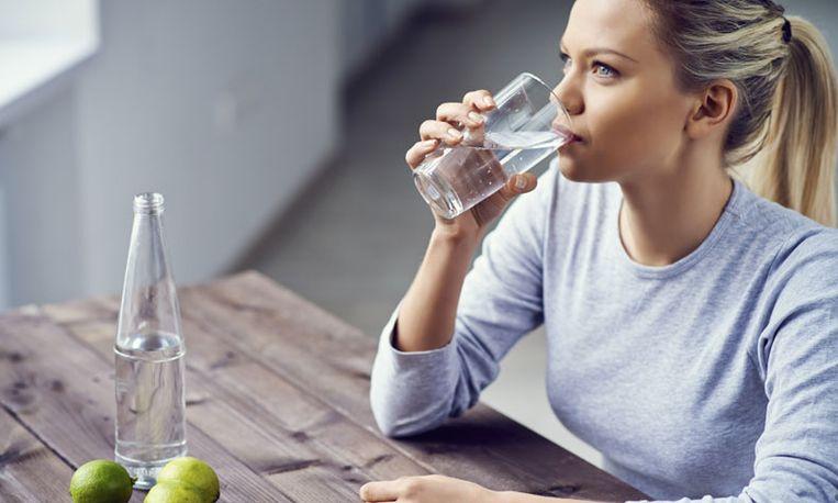 is lauw water drinken gezond