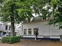 Ooit waren op de plek van het squashcentrum de Gemeenteschool (1883) en zwembad De Schoolslag gevestigd.