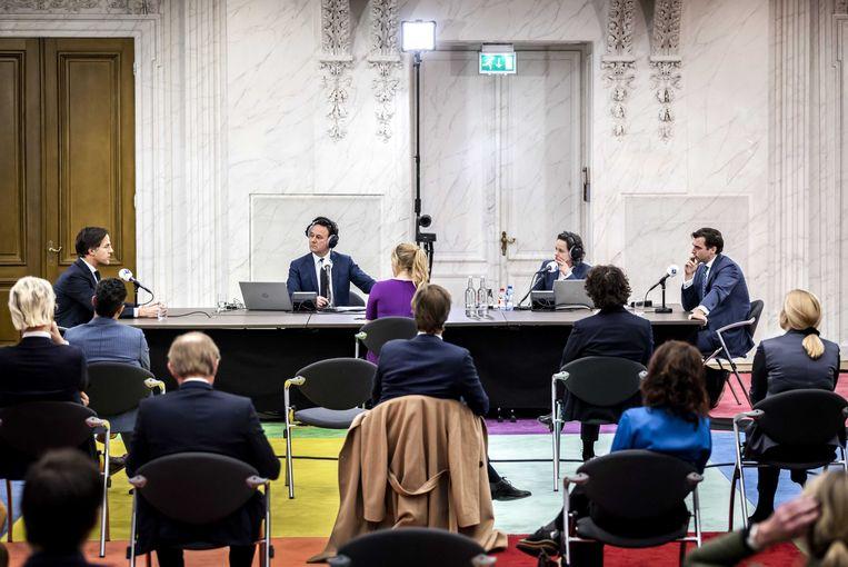 Mark Rutte (VVD), Lilian Marijnissen (SP) en Thierry Baudet (Forum voor Democratie) tijdens het NOS Radiodebat. In de aanloop naar de Tweede Kamerverkiezingen gingen dertien lijsttrekkers met elkaar in debat over acht thema's die kiezers belangrijk vonden. Beeld Remko de Waal, ANP