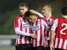 Ajax heeft centen en een goed verhaal, PSV wil prijzen pakken en 'is geen speeltuin'