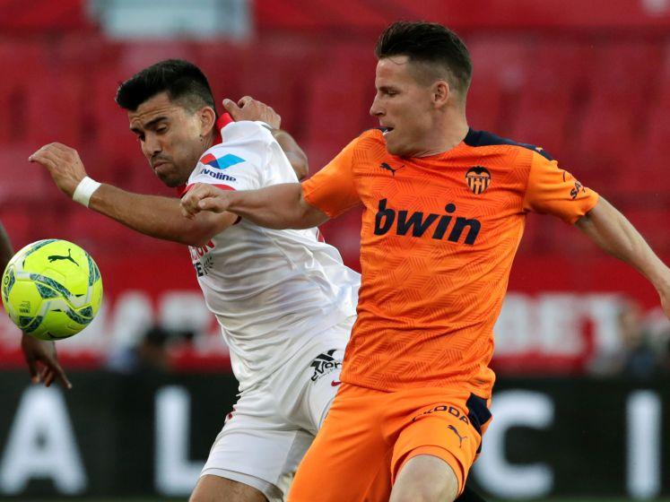 Sevilla houdt titelhoop dankzij zege op Valencia