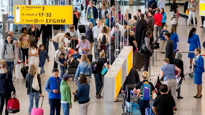 "Pensioenstaking Nederland: ""Kom alleen naar Schiphol en Amsterdam indien nodig"""