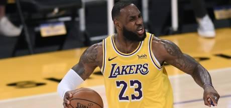 LA Lakers dankzij 34 punten van James te sterk voor Milwaukee Bucks