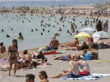 Les plages sans tabac se multiplient en France