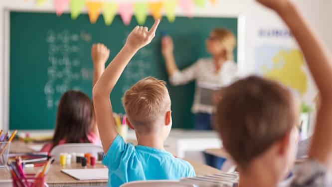 HET DEBAT. Moeten scholen sluiten tot eind januari?