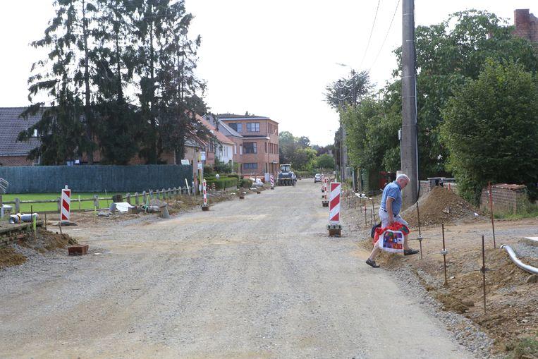 Wegenwerken in de Heuvelstraat.