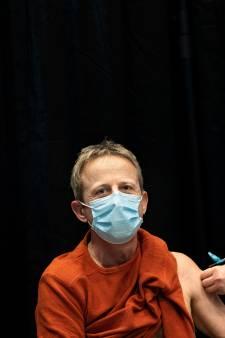 Frank (57) uit Veldhoven heeft lymfeklierkanker en is 'dolblij met extra bescherming' tegen corona