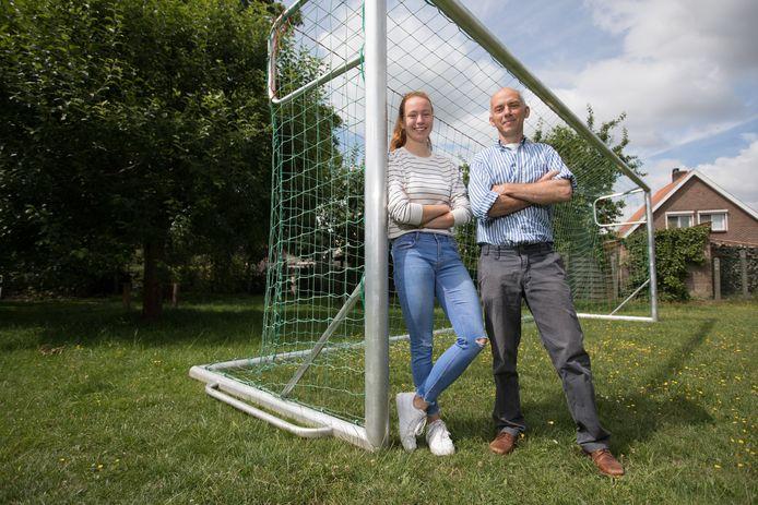 Jacqueline Broux met haar vader Guillaume.