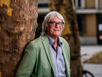 """""""Vaarwel, je was een woordvirtuoos"""": zo eert bekend Vlaanderen de overleden Pieter Aspe op sociale media"""