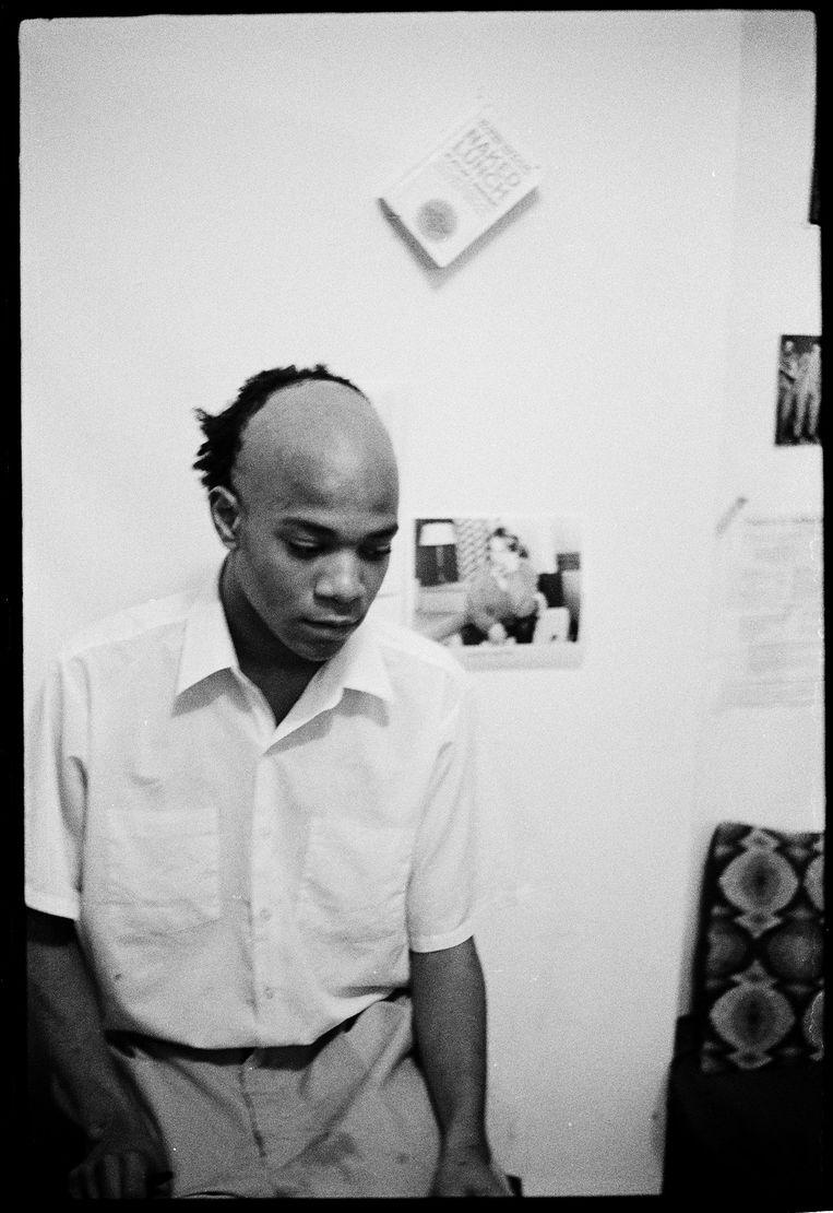 Basquiat in zijn appartement, 1981.  Beeld  Alexis Adler