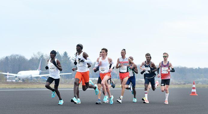 Onlangs vond op Twente Airport nog de NN Mission Marathon plaats. Speciaal voor deze wedstrijd was de start- en landingsbaan eenmalig opgenomen in het parcours.