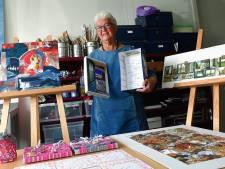 Na brochure nu ook boekje van kunstproject Ik Vergeet je Niet in Roosendaal