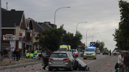 Motorrijder (27) niet langer in levensgevaar, wel lange revalidatie voor de boeg