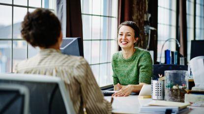 Hug Your Boss-day: waarom vinden we het zo moeilijk om onze baas in de bloemetjes te zetten en hoe kunnen we het toch doen?