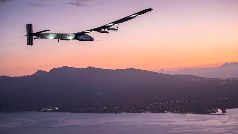 De Solar Impulse 2 bij aankomst in Hawaï. Beeld reuters