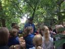 Les over de oorlog in Eerde.  Gerard Gloudemans speelt Bertje van Roosmalen, een verzetsman die zich moest verstoppen in de bossen.