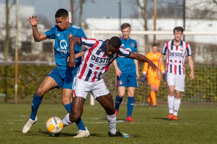 Coulibaly in actie tegen Feyenoord.