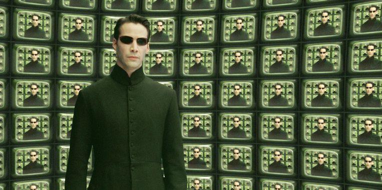 In het konijnenhol: Neo (Keanu Reeves) in The Matrix. Beeld Warner Bros