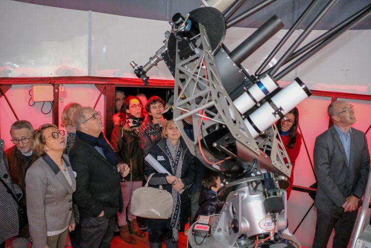 De nieuwe 'Deboosere-koepel' van Volkssterrenwacht Mira werd zaterdag ingehuldigd.
