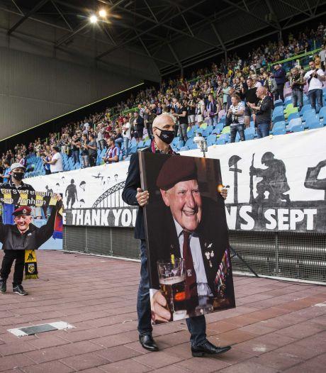 Meer armslag bij vijftiende Airbornewedstrijd Vitesse. 'We gaan door met eren en herdenken'