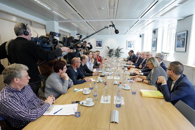 Gisteren werd een delegatie nog ontvangen door de federale en Vlaamse regeringen. Beeld BELGA