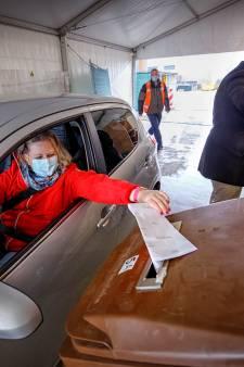Stemmen vanuit de auto: Loon op Zand houdt het erin