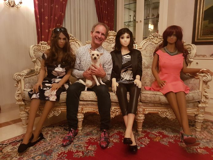 Johan en zijn Living Dolls
