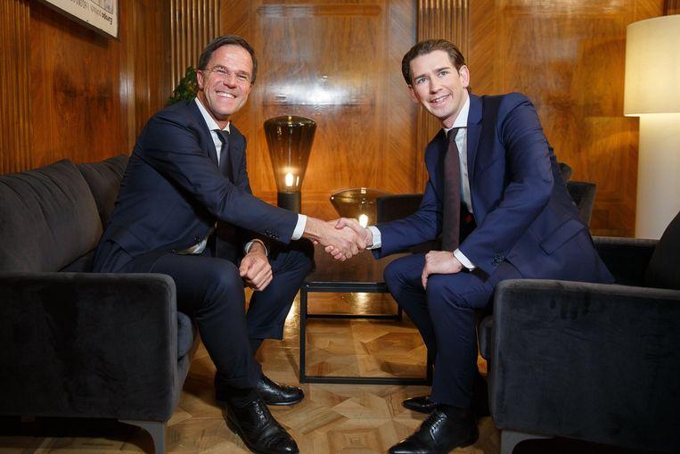 Nederlands premier Mark Rutte en Oostenrijkse leider Sebastian Kurz op een archiefbeeld Beeld EPA