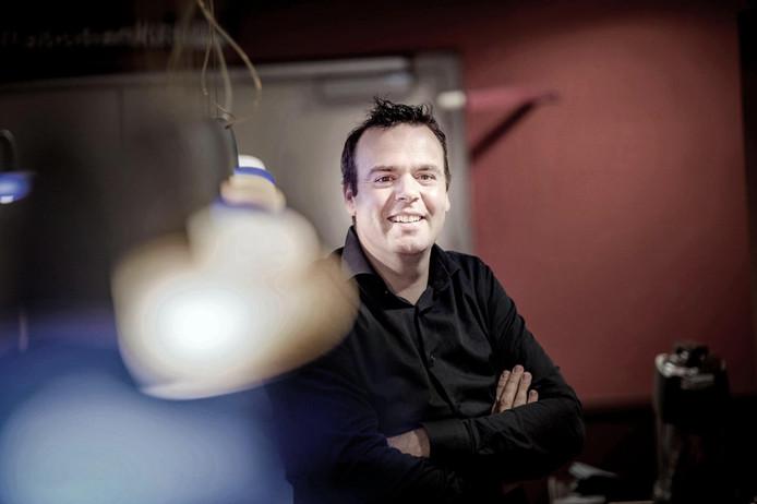 Niels Gijsbers is met Frank de Jong deze maand nog de beheerder van De Meent. In oktober begint Dick Bloem.