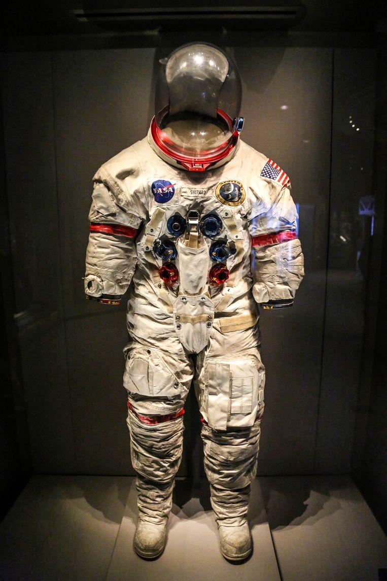 Het ruimtepak van Apollo 14-astronaut Alan Shepard in het Kennedy Space Center.  Beeld Dieter Moeyaert