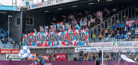 PSV-fans ontdekken 'het grootste licht van PSV' in Elfstedenstad Dokkum
