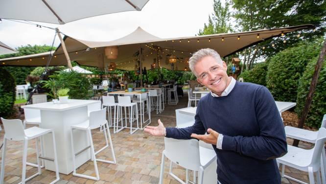 """Schlagerkoning Christoff opent zomerbar in Pamel: """"Negentig procent van de tijd ben ik hier te vinden"""""""