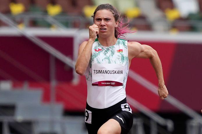 De Wit-Russische atlete Kristina Tsimanoeskaya kwam zaterdag nog in actie tijdens de 100 meter op de Olympische Spelen in Tokio. Ze uitte openlijk kritiek op haar coaches nadat ze zonder haar medeweten werd ingeschreven voor de 4x400 meter, waarna ze gedwongen werd om uit de Spelen te stappen.