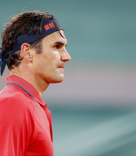 Retour réussi de Roger Federer sur gazon