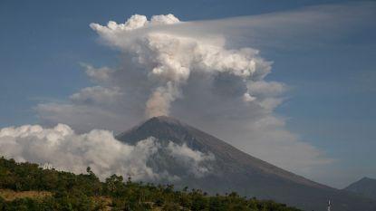 Bijna 450 vluchten geannuleerd door vulkaanas op Bali, geen Belgen getroffen