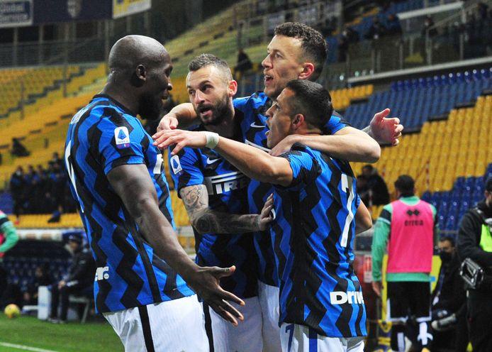 Romelu Lukaku en Alexis Sanchez hadden een belangrijk aandeel in de overwinning.