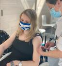 Jaela Nagel kreeg dinsdag een vaccinatie tegen het coronavirus in Meander MC.