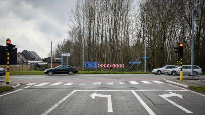 Tot 60 jaar wachten op eerste spadesteek: waarom sommige wegenwerken in België decennialang uitgesteld worden