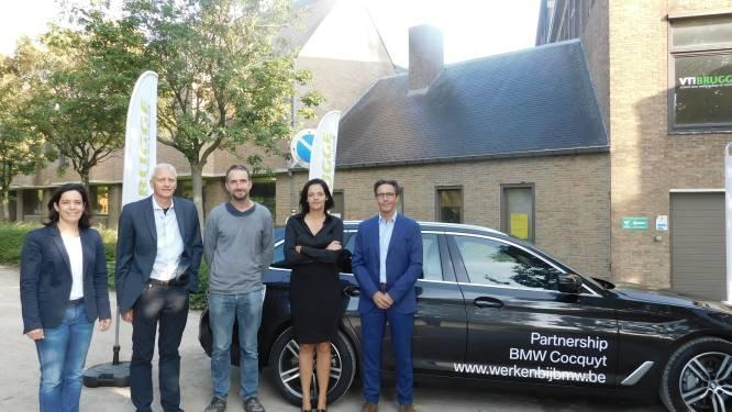 Spiksplinternieuwe BMW 530e voor leerlingen van het VTI in Brugge