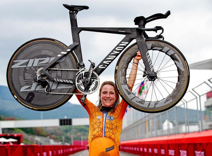 Annemiek van Vleuten won goud vandaag.