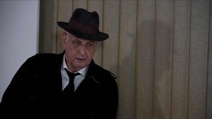 Luc Tuymans als hoofdinspecteur in een film van Dennis Tyfus