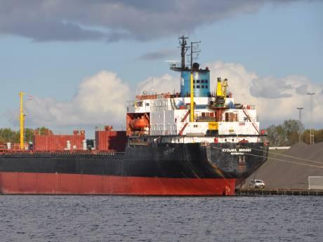 Personeel Russisch schip al maanden  'gevangen' in haven Terneuzen