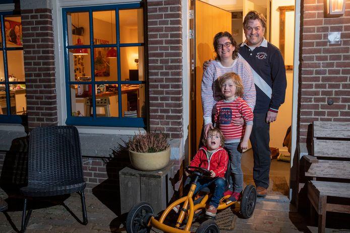 Martijn en Rebecca verhuisden met hun twee kinderen vanuit Amsterdam naar Ede.