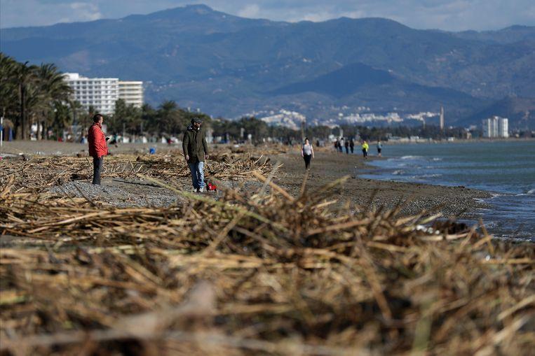 Gloria hield lelijk huis op Spaanse stranden, zoals hier in  Torremolinos. Beeld AP