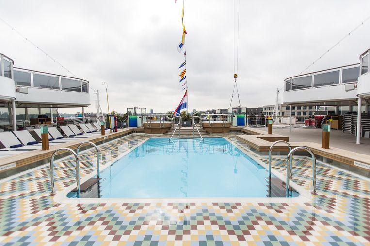 Het buitenzwembad Beeld Eva Plevier