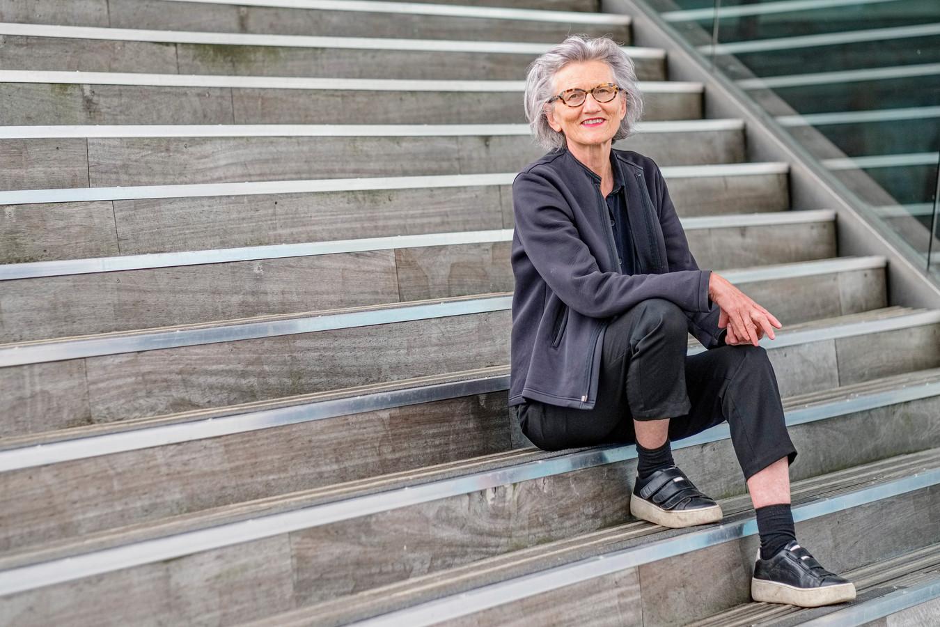 Rosemarie Buikema is hoogleraar aan de Universiteit Utrecht.