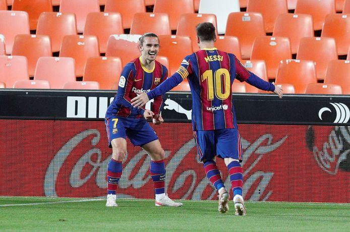 Griezmann en Messi aan het feest in Valencia.