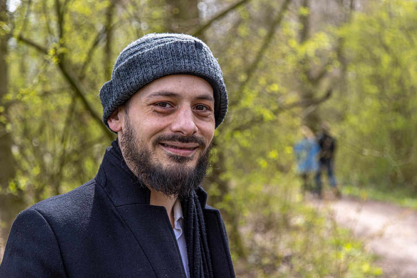 Mehdi Guizani (35) trof onlangs een wanhopige man aan in het Engelse Werk; dakloos, vieze kleding, geen idee waar hij zich kon melden.